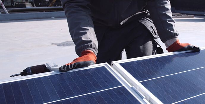 SunPower Installer with Performance Solar Panel