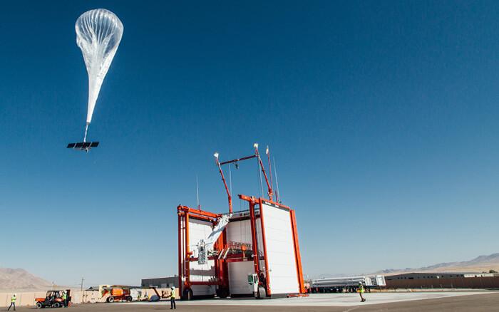 Loon Ballon with Maxeon Solar Cell Technology