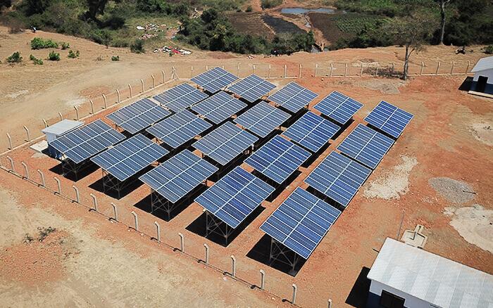Performance Panel System Installation Nyarugusu Refugee Camp