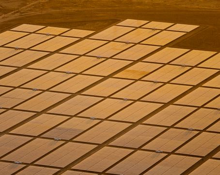 Improving the Reliability of Solar Panels in Large-scale Solar Installations with SunPower Performance Panel Technology