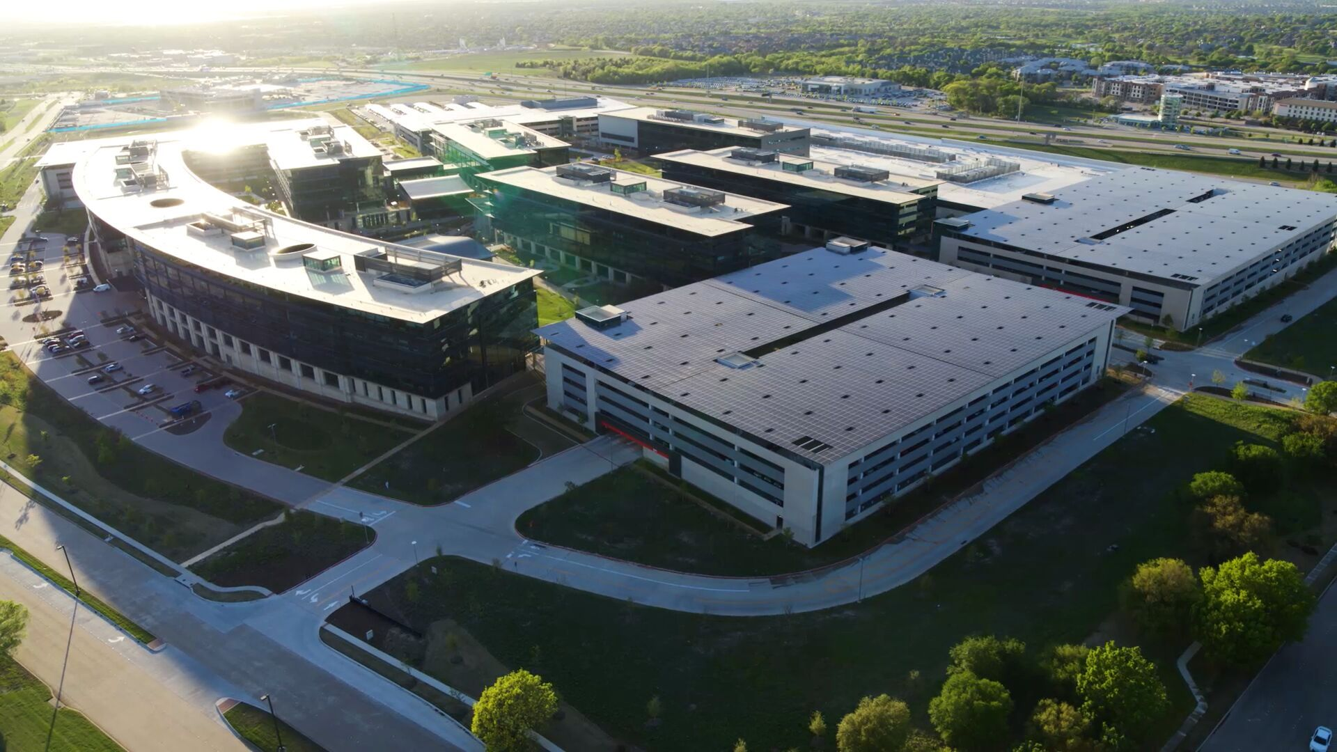 Toyota HQ in Plano Texas with SunPower solar panels